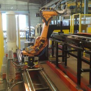 Robot de découpe plasma sur axe linéaire